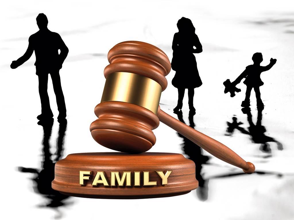 Ce criterii a avut in vedere instanta pentru stabilirea programului de vizitare a minorului in cazul in care mama locuieste si lucreaza in Spania iar tatal in Germania